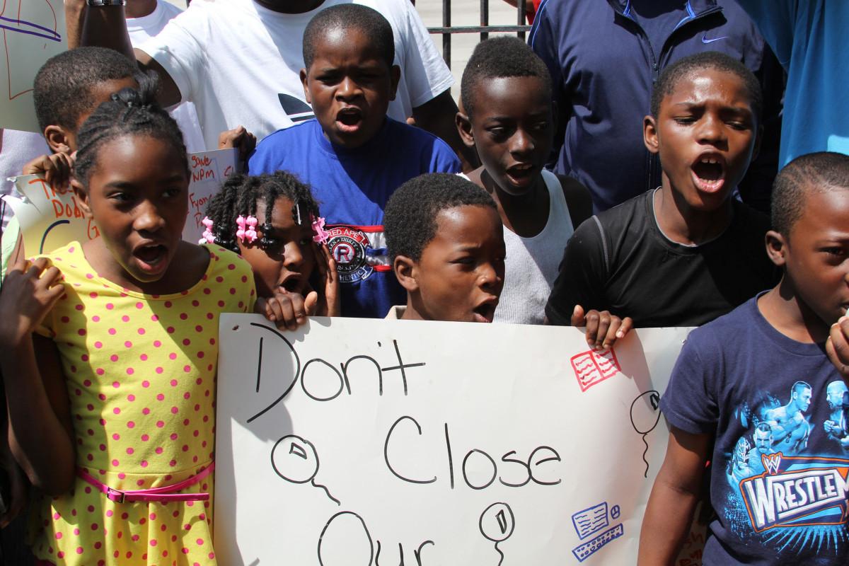 black students fight school closing
